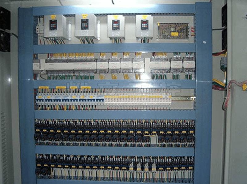 台达系列PLC控制柜