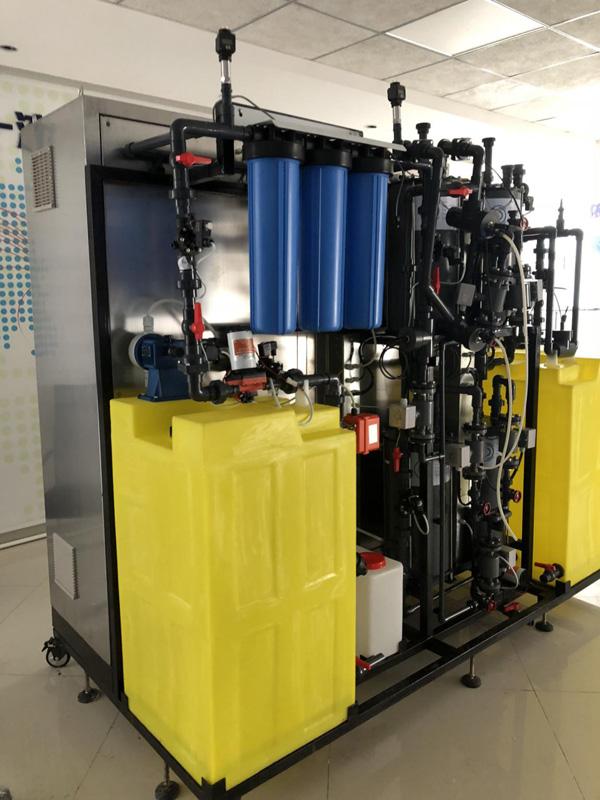 电磁流量计+压力变送器+pH计现场安装