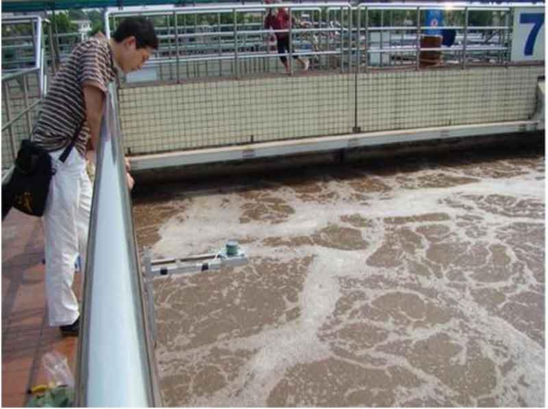 污水厂用超声波液位计测液位