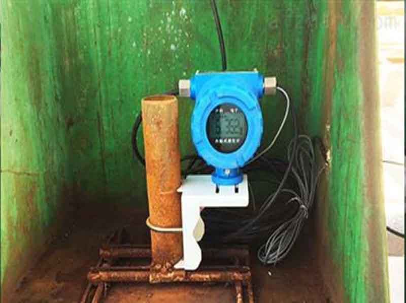 外贴式止超声波液位计安装参考