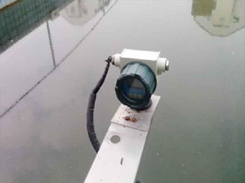 防爆超声波液位计现场显示