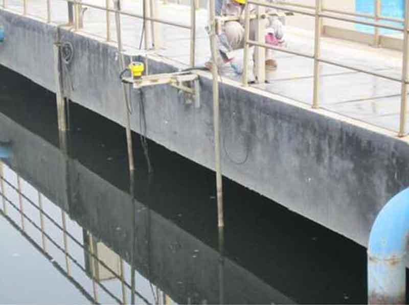 超声波液位计现场测液位高度
