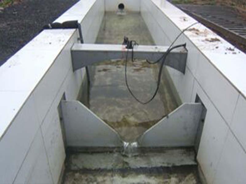 超声波明渠流量计测水槽液位