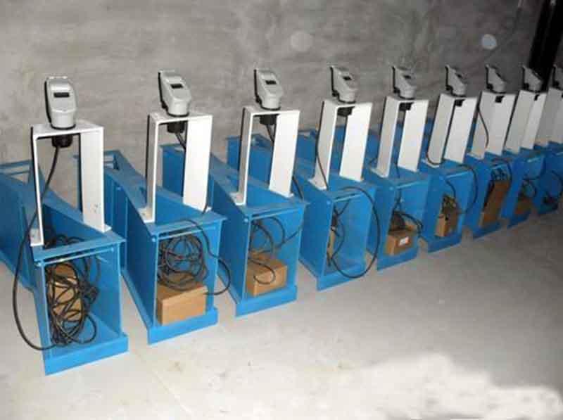 超声波液位计支架安装示意图