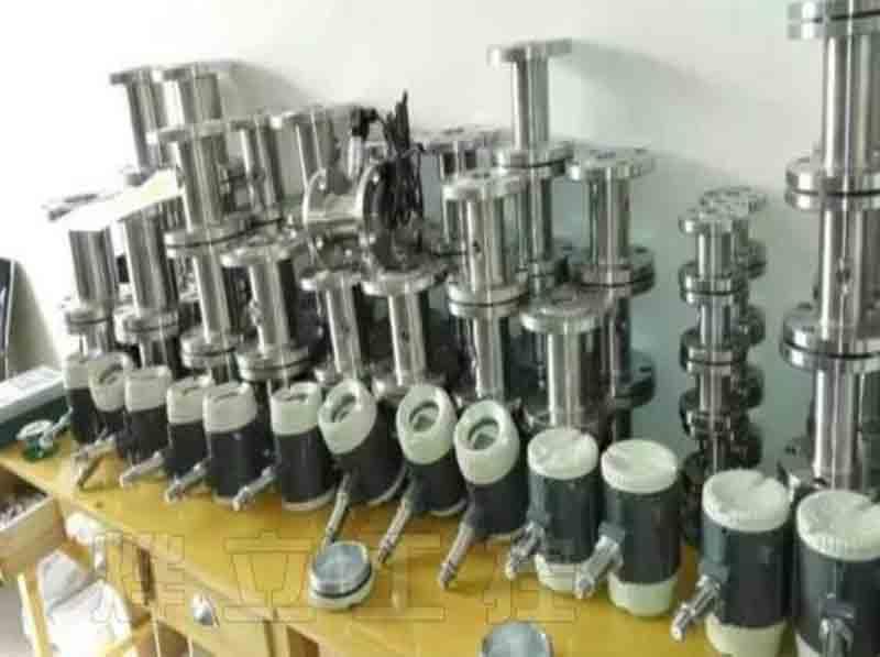 气体涡轮流量计_涡轮流量传感器_无线远传功能涡轮流量计